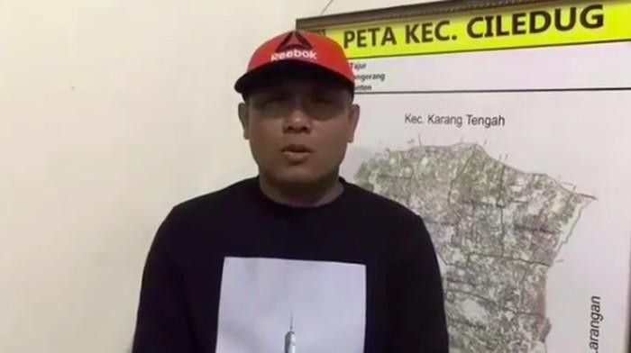 Foto: Camat Ciledug minta maaf (Dok. Video di Instagram Wali Kota Tangerang)