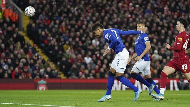Mason Holgate diklaim marah-marah karena diejek suporter Liverpool.