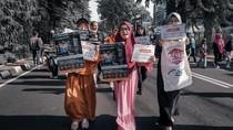 Edukasi Bencana Banjir Kepada Warga Ala ACT di CFD Surabaya