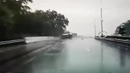 Penyebab SUV Terguling di Tol
