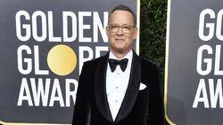 Tom Hanks Terima Penghargaan Kehormatan di Golden Globe ke-77