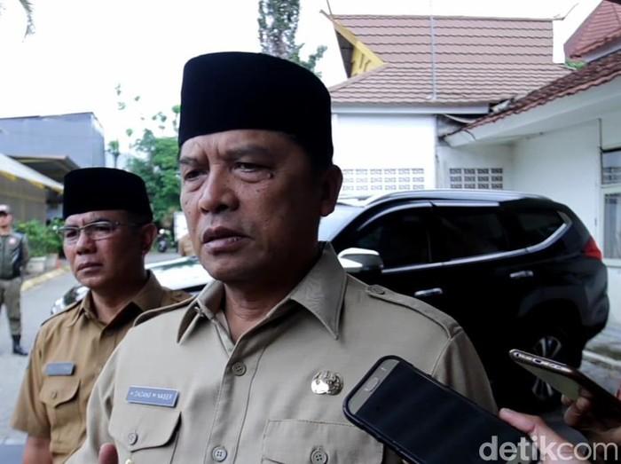 Bupati Bandung Dadang Naser