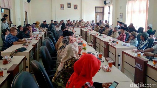 Ganti Rugi Belum Deal, Warga Terdampak Proyek Bendung Bener Ngadu ke DPRD