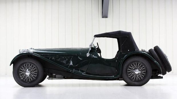 Mobil klasik SS Jaguar 100