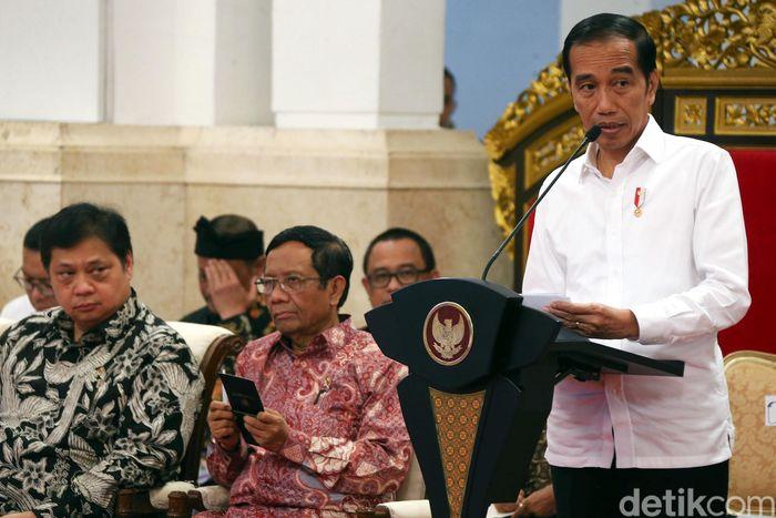 Sidang kabinet paripurna (SKP) perdana di tahun 2020 ini membahas soal RPJMN periode 2020-2024.