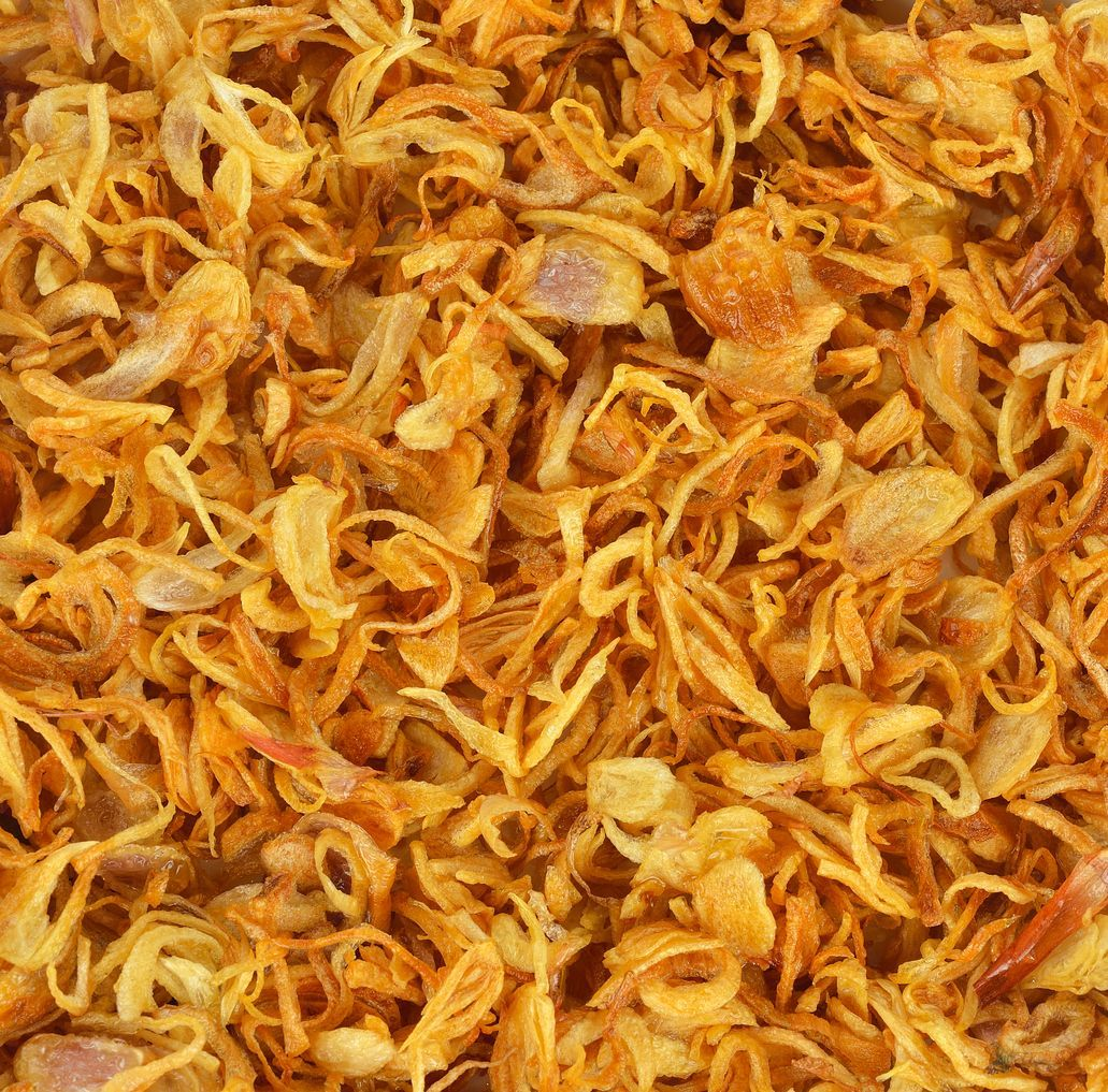 Deep fried shallots for garnishing.