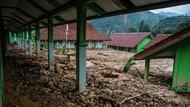 Bangunan Sekolah Terdampak Longsor, Siswa di Lebak Masih Libur