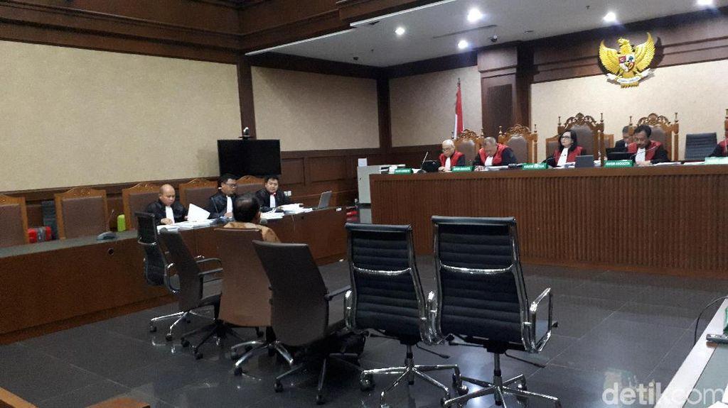 Sidang Wawan, Eks Kadinkes Banten Ngaku Diminta Teken Surat Tanda Loyal