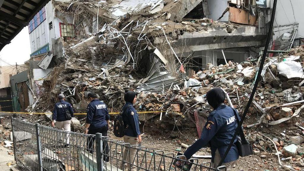 Puslabfor Polri: Gedung Ambruk di Slipi Jakbar Berusia 25 Tahun