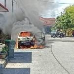 Alasan Mengapa Menyimpan Power Bank di Dalam Mobil Berbahaya