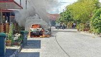 Mobil Terbakar karena Simpan Power Bank