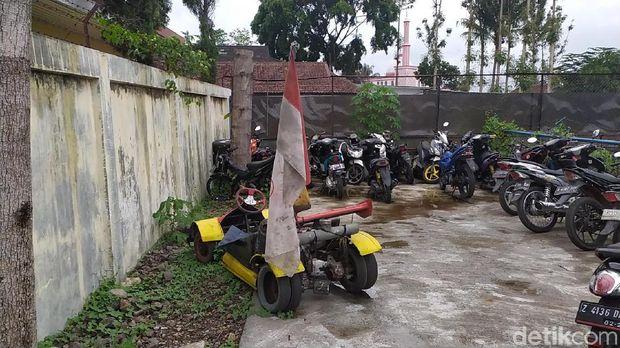 Pemilik Mobil Formula 1 KW Kabur Saat Ditilang Polantas Garut
