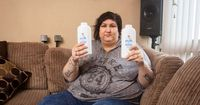 Waduh! Ketagihan Makan Bedak Bayi, Wanita Ini Sudah Habiskan Uang Rp 146 Juta