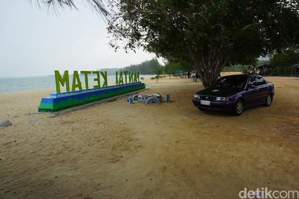 Bernama Pantai Ketam dan Pongkar, alamatnya ada di Desa Pongkar, Kecamatan Tebing, Kabupaten Karimun (Foto: Ahmad Masaul Khoiri/detikcom)