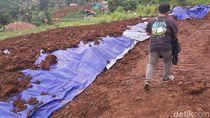 Muncul Lubang di Dekat Proyek Kereta Cepat, Warga Bandung Barat Resah