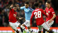 Babak I Piala Liga Inggris: Gol Matic Bawa MU Unggul Atas City