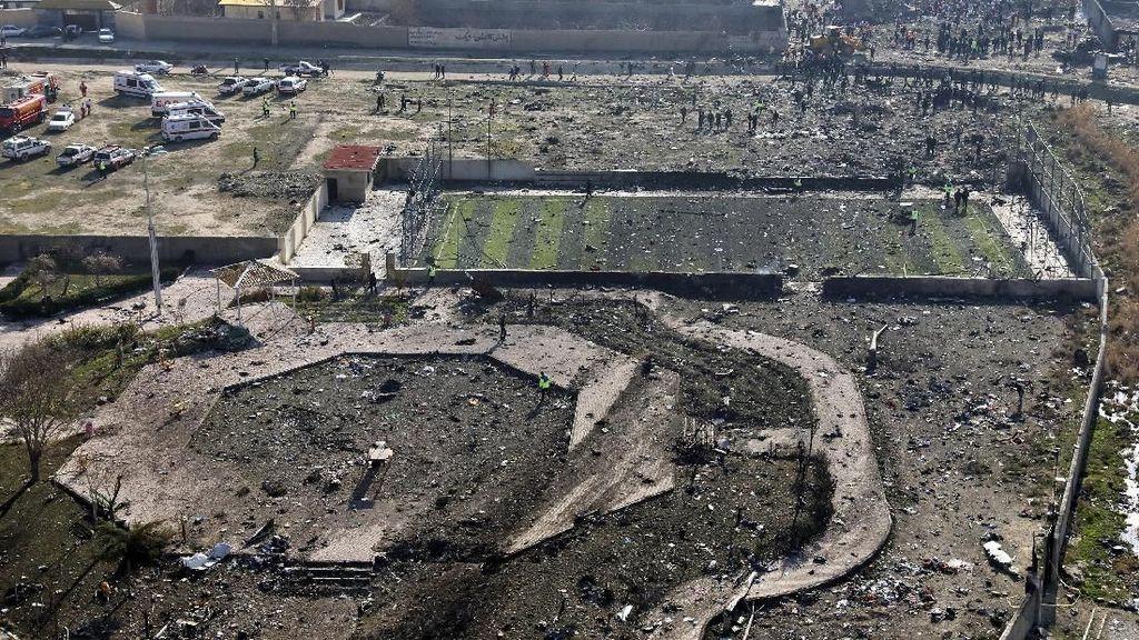 Pesawat Jatuh di Iran di Tengah Geger Serangan Balasan