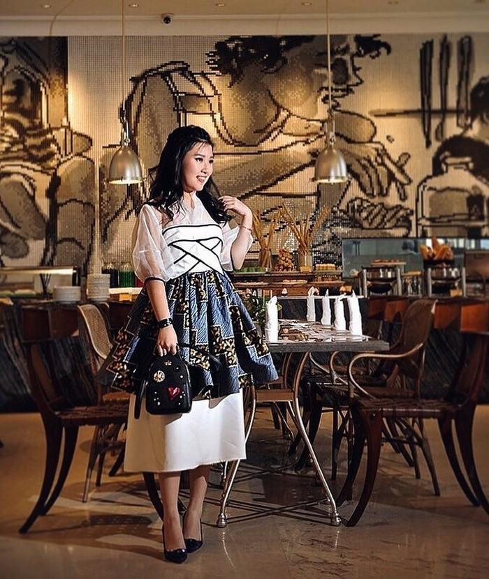 Muncul sebagai bintang tamu di salah satu acara televisi yang dipandu oleh Nikita Mirzani, nama Patricia Mayoree jadi perhatian. Selebgram asal Surabaya ini punya kekayaan yang fantastis. Foto: Instagram @pciamayoree