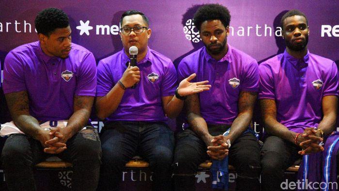 Hangtuah merasa diuntungkan setelah pemainnya tidak ada yang dipanggil ke timnas basket Indonesia. (Foto: Lamhot Aritonang)