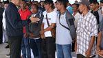 Gaya Jokowi Saat Berkunjung ke Natuna