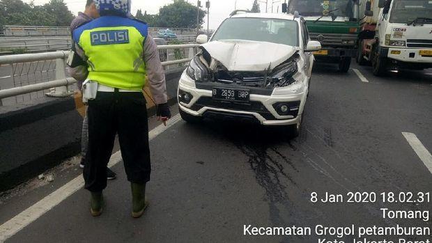 Kecelakaan Beruntun di Jalan Layang Grogol Jakbar, Lalin Macet