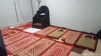 Ruang salat di Masjid Al Ikhlas  (Syanti Mustika/detikcom)