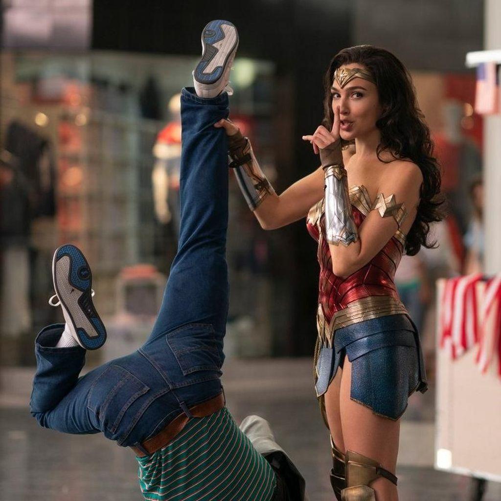 Sekuel Wonder Woman Jadi Agustus, 3 Film Warner Bros Lainnya Juga Diundur