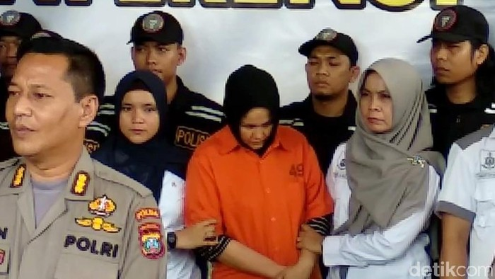 Istri yang juga pembunuh Hakim Jamaluddin. (Foto: Ahmad Arfah)
