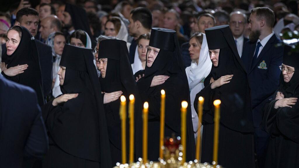 Melihat Lebih Dekat Perayaan Natal Umat Kristen Ortodoks di Rusia