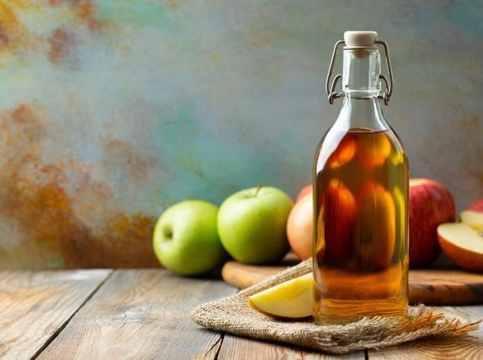 Cara Menggunakan Cuka Apel Sebagai Obat Jerawat