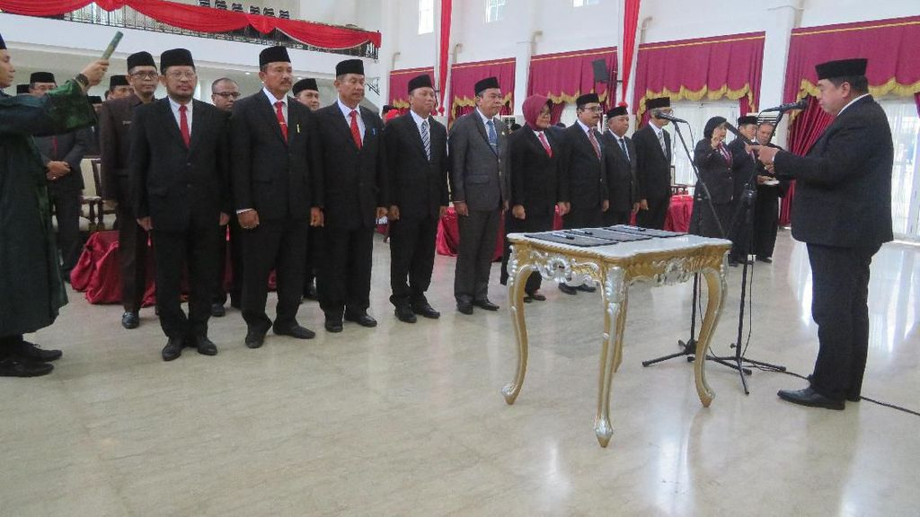 Gubernur Sulsel Mutasi 15 Pejabat, Mulai dari Staf Ahli-Kepala BPBD