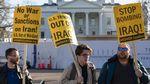 Aksi Warga Dunia Tolak Perang AS-Iran