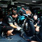 Penasaran, Berapa Sih Gaji Kru di Tim MotoGP?