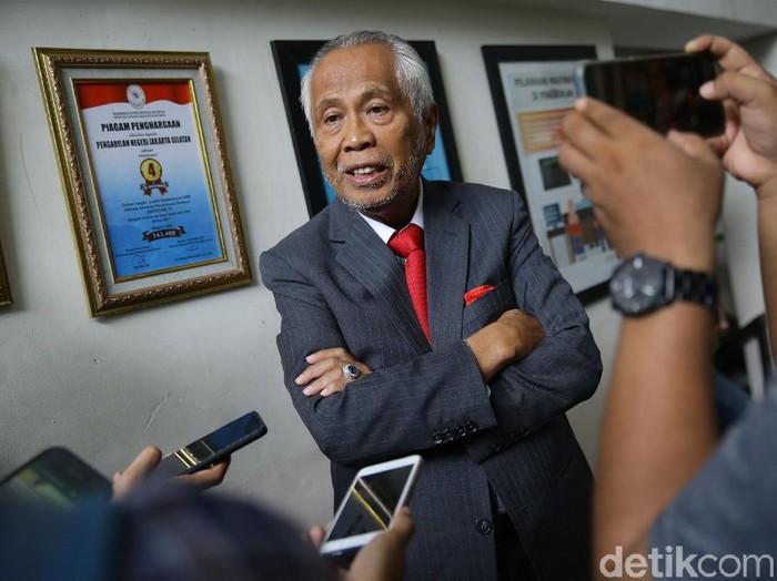 PN Jaksel mengadakan mediasi atas gugatan perdata OC Kaligis terhadap Kejagung yang menyeret nama Novel Baswedan. Hasilnya, mediasi tersebut deadlock atau gagal.