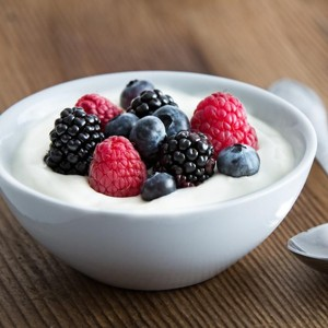 7 Manfaat Yoghurt, Turunkan Berat Badan hingga Jaga Bagian Intim Wanita