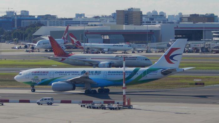Sejumlah Maskapai Alihkan Rute Penerbangan Agar Tidak Lewati Irak dan Iran
