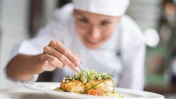 Ibu Ini Cari Chef Pribadi untuk Mengurus Anaknya yang Mahasiswa