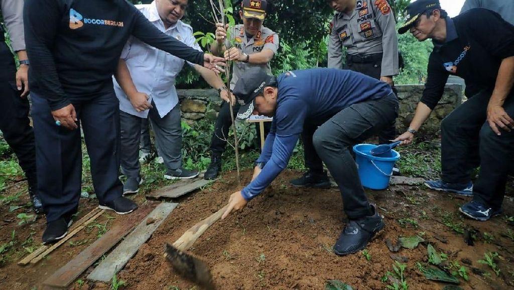 Hari Sejuta Pohon, Forkopimda Bogor Tanam Pohon untuk Cegah Bencana
