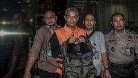 Komisioner KPU Wahyu Setiawan telah ditetapkan sebagai tersangka dan kini ditahan oleh KPK