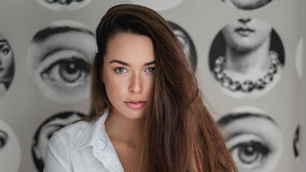 Melihat Wajah Asli 10 Ratu Kecantikan yang Tampil Polos Tanpa Makeup