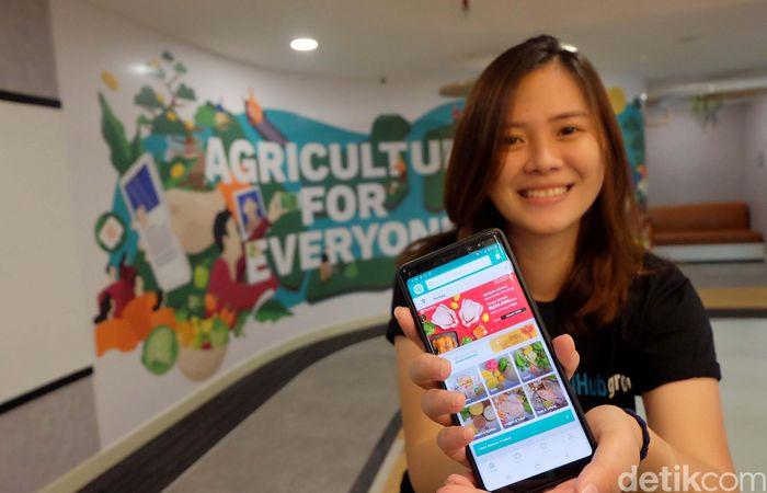 Perusahaan penyedia jasa teknologi dan e-commerce TaniHub terus memberikan yang terbaik untuk para petani dan pelanggannya dengan terus meningkatkan layanannya. Sekitar 60% hasil panen petani di platform Tanihub itu dijual ke seluruh Jawa dan Bali. Ada lima wilayah distribusi, yakni Jakarta, Bogor, Bandung, Yogyakarta, dan Surabaya.