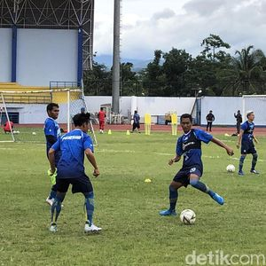 Persib Bandung Latihan Lebih Awal, Jadi Keuntungan Nggak?