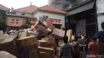 Gudang Mainan Anak-anak di Jombang Terbakar