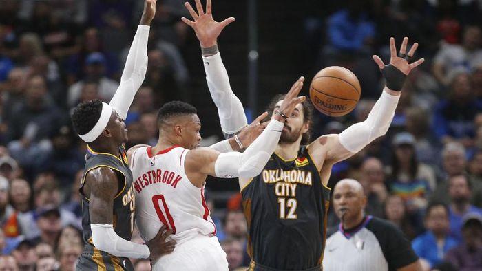 Houston Rockets kalah dari Oklahoma City Thunder dalam lanjutan NBA (Foto: AP Photo/Sue Ogrocki)