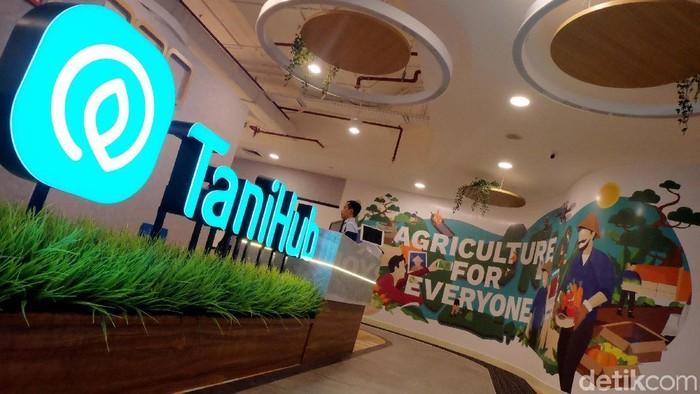 Perusahaan rintisan TaniHub terus berupaya mensejahterakan petani dengan meningkatkan layanan untuk para pelanggannya. Salah satunya dengan memperkuat pengantaran pesanannya.