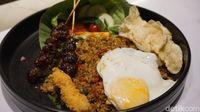 Bawa Bekal Masakan Ibu, Murid Ini Ajak Teman Sekolahnya Makan Bersama