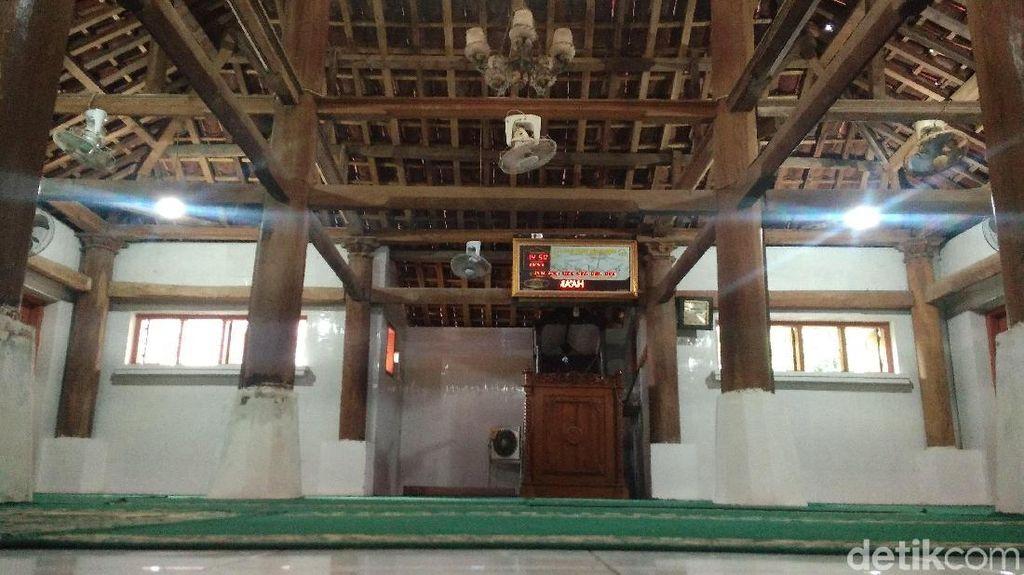 Foto: Masjid Bersejarah Saksi Pemecahan Kesultanan