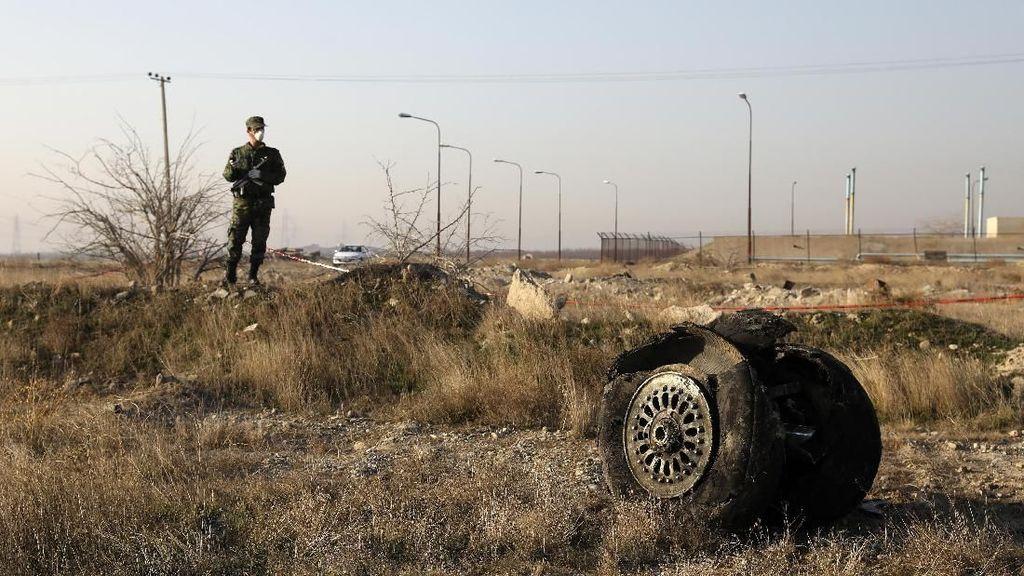 Kotak Hitam Ungkap Pesawat Ukraina Dihantam 2 Rudal Iran dalam 25 Detik!
