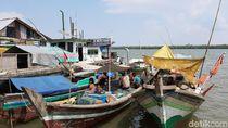Cuaca Ekstrem-Gelombang Tinggi, Nelayan di Banyuasin Pilih Tak Melaut