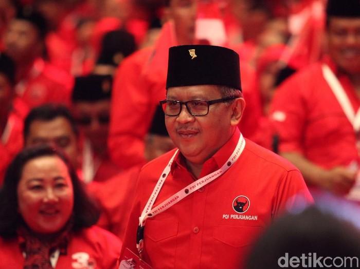 Rapat kerja nasional (Rakernas) sekaligus perayaan Hut PDIP Perjuangan ke-47 digelar di JIEXpo Kemayoran, Jakarta Pusat. Rakernas dibuka oleh Ketua Umum PDIP Megawati Soekarnoputri.